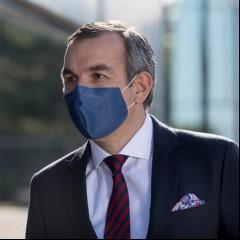 5_Schutzmaske bunt web1.jpg